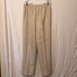 Women's Alfred dunner size 18 pull on pants